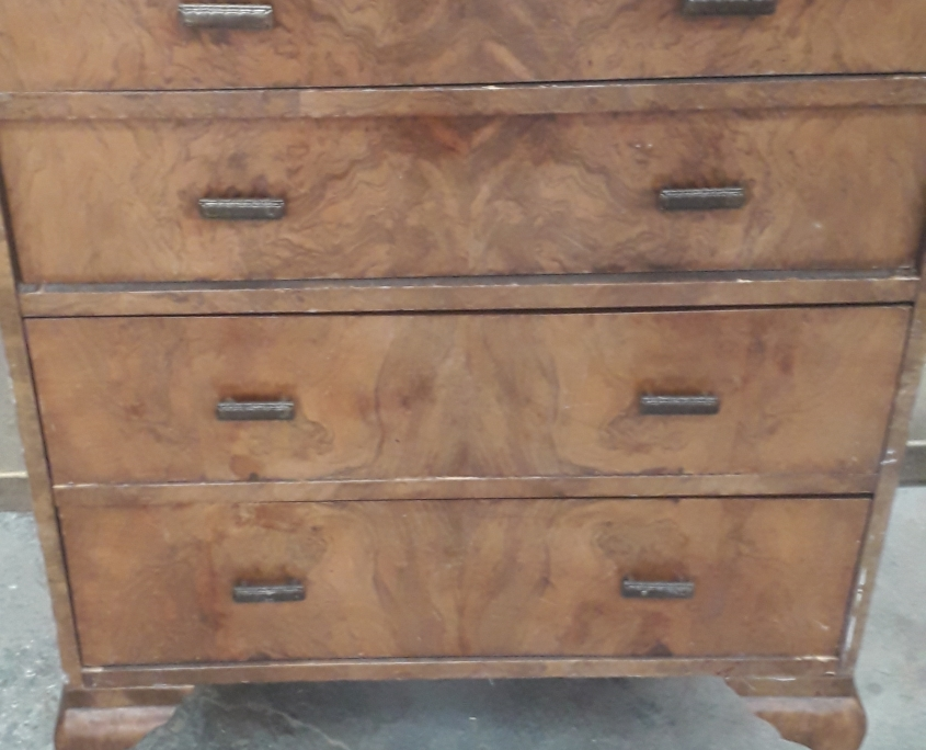 Chest of Drawers Polishing